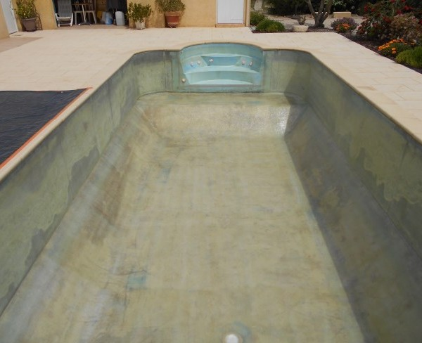 stratification avec mat de verre et resine