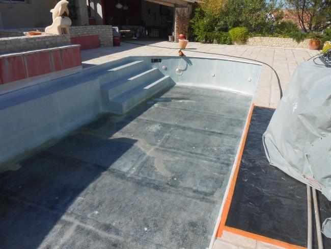 R paration piscine b ton et carrelage sud resine for Carrelage des suds