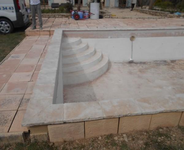 Chantier b ton enduit sud resine for Enduit piscine beton