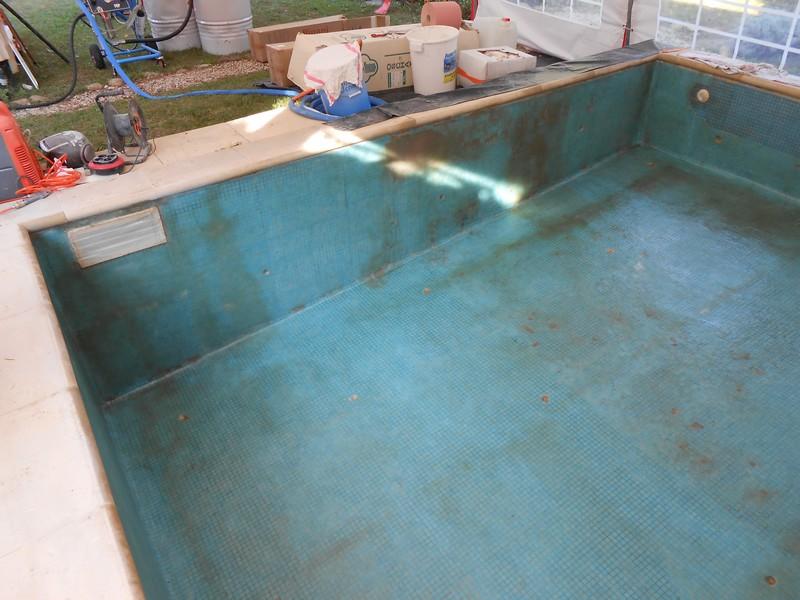 piscine b ton carrel sud resine. Black Bedroom Furniture Sets. Home Design Ideas